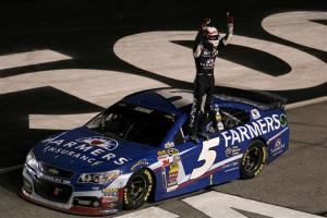 Kasey Kahne celebrates after winning at Atlanta Motor Speedway. Photo by Todd Warshaw/NASCAR via Getty Images
