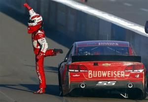 Kevin Harvick celebrates his Quicken Loans 500 win in Phoenix. Photo by Matt Sullivan/Getty Images